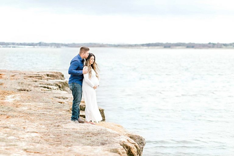 Grapevine Maternity Session at Rockledge Park